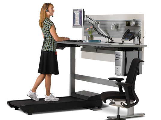 Sit-to-walk-station-desk-treadmill-6