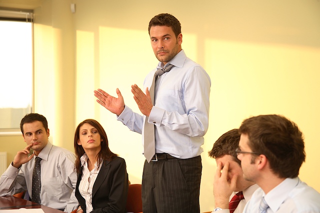 Project-manager-improving-leading-meetings